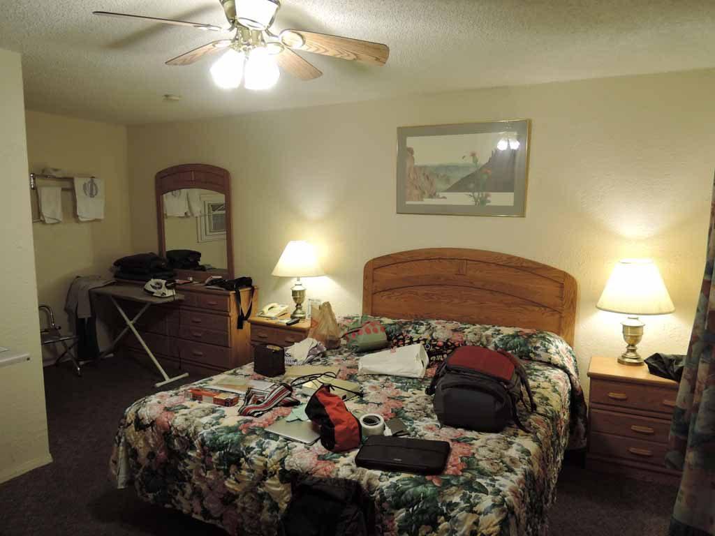 Arizona Inn&Suites2